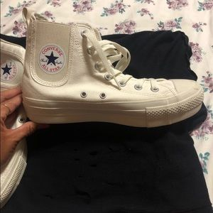 Converse Chuck's Sisters High Tops